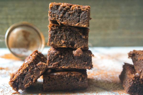 Coco brownies with chocolate chunks