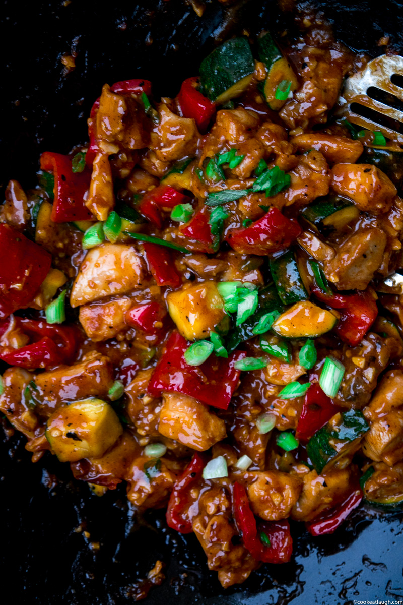 Asian fusion weeknight chicken stir-fry--A perfect quick, delicious, and heatlhy weeknight chicken stir-fry! |www.cookeatlaugh.com