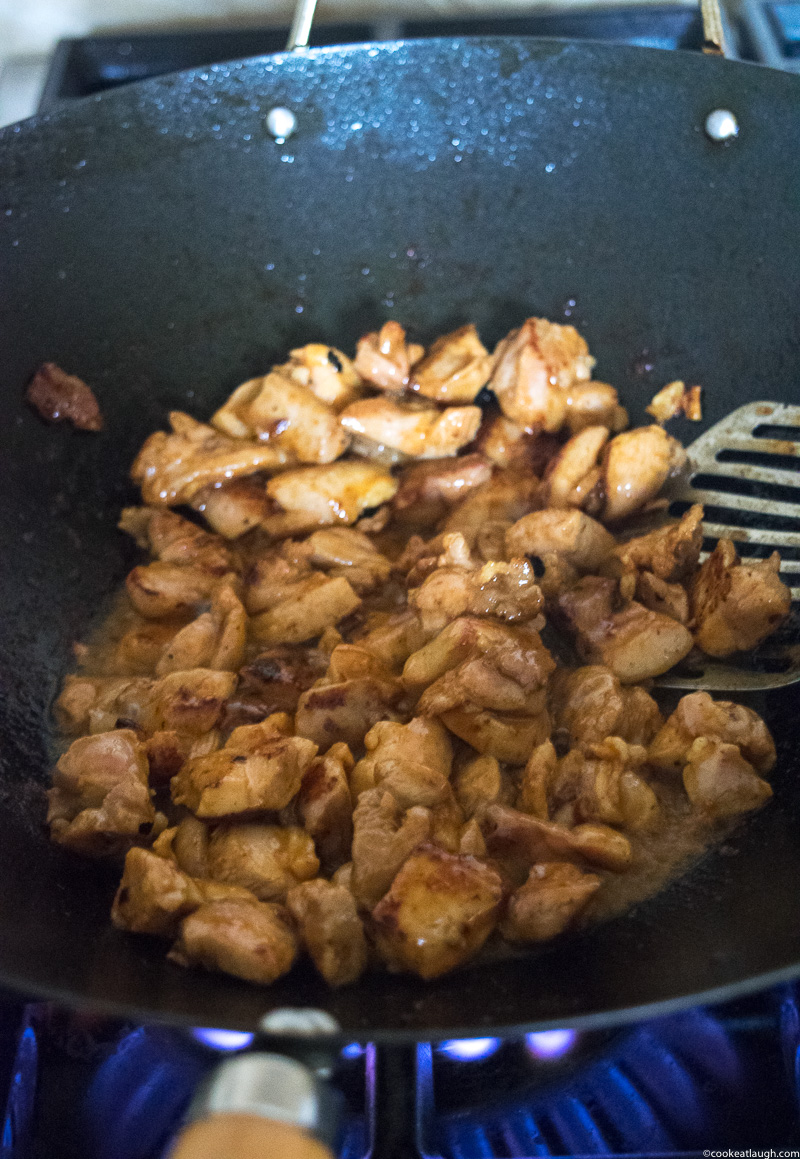 Asian fusion weeknight chicken stir-fry--This chicken stir-fry--A perfect quick, delicious, and heatlhy weeknight chicken stir-fry! |www.cookeatlaugh.com