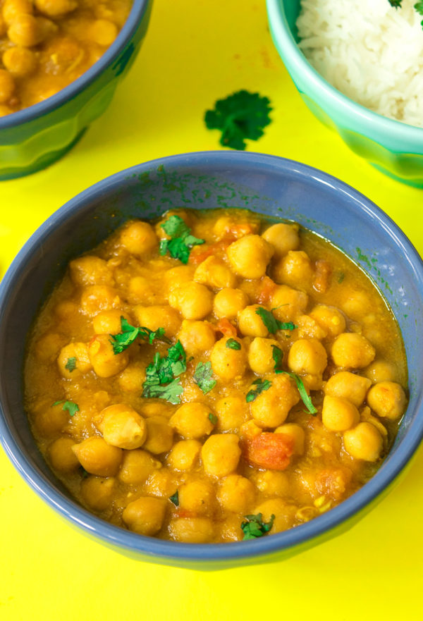 One pot chickpea stew (Indian Chana curry)
