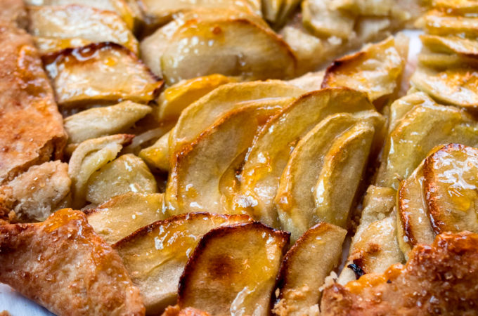 Rustic French style apple tart (Galette)
