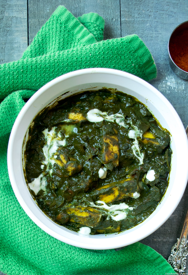 Palak paneer(Spianch with Indian cheese)--soft Indian cheese called paneer cooked in a smooth spinach(palak) curry! |www.cookeatlaugh.com-7