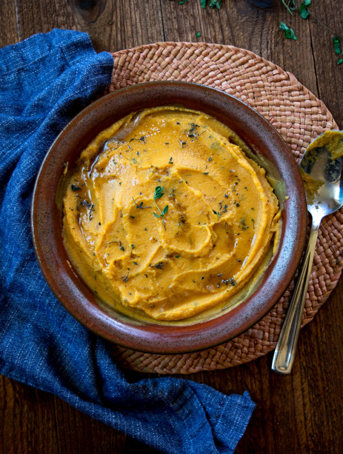 Sweet Potato & cauliflower mash with brown butter—a perfect savory side dish for thanksgiving and a great healthy alternative to mash potatoes. |www.cookeatlaugh.com--7