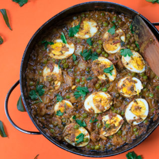 Goan coconut egg curry! Is a dish from coastal Indian state Goa. Made with coconut milk, curry leaves, hard boiled eggs, potato, peas, lime juice and spices. A perfect hearty winter meal.-7