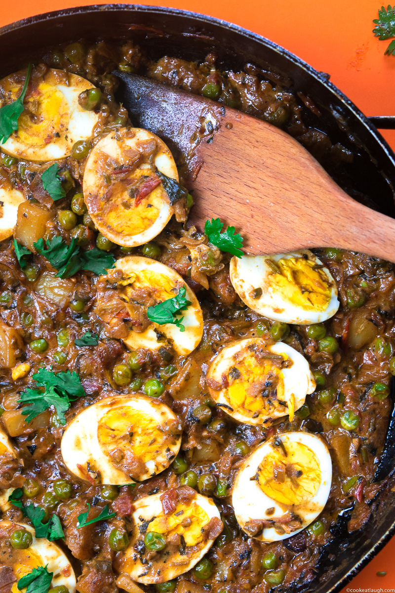 Goan coconut egg curry! Is a dish from coastal Indian state Goa. Made with coconut milk, curry leaves, hard boiled eggs, potato, peas, lime juice and spices. A perfect hearty winter meal.-8