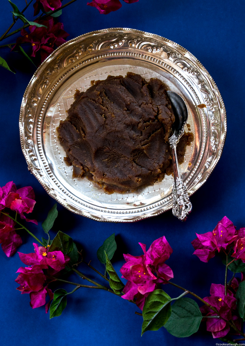 Grandma's atta ka halwa (Wheat flour halwa)! is a type of pudding made with equal parts of ghee, sugar, and wheat flour. It's rich, decadent, and easy to make. |www.cookeatlaugh.com-8