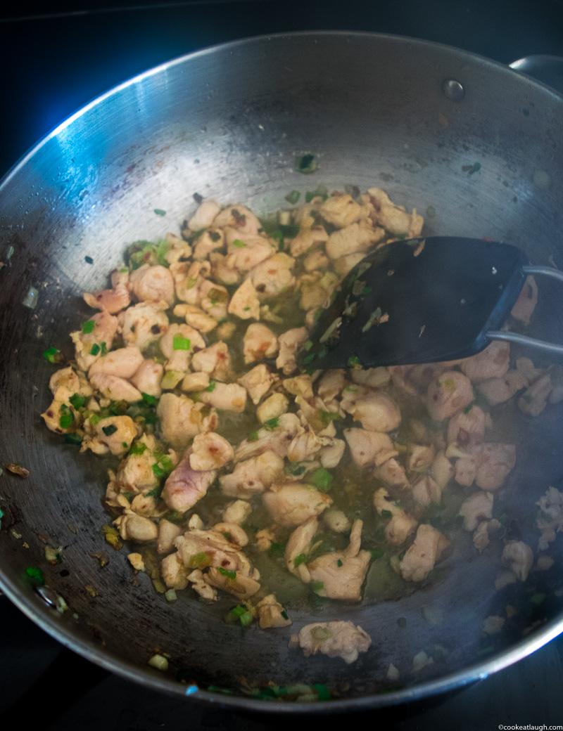 Healthy chicken cauliflower fried rice-2