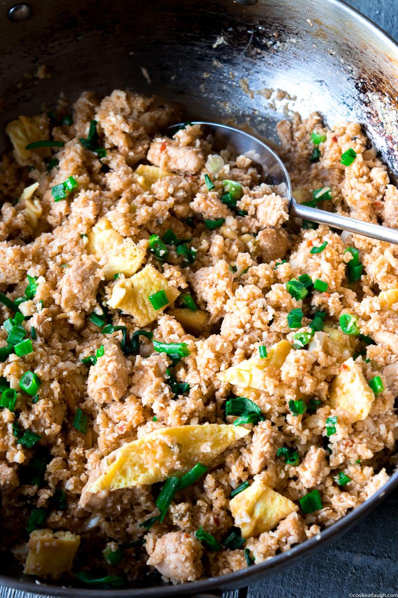 Healthy chicken cauliflower fried rice-3