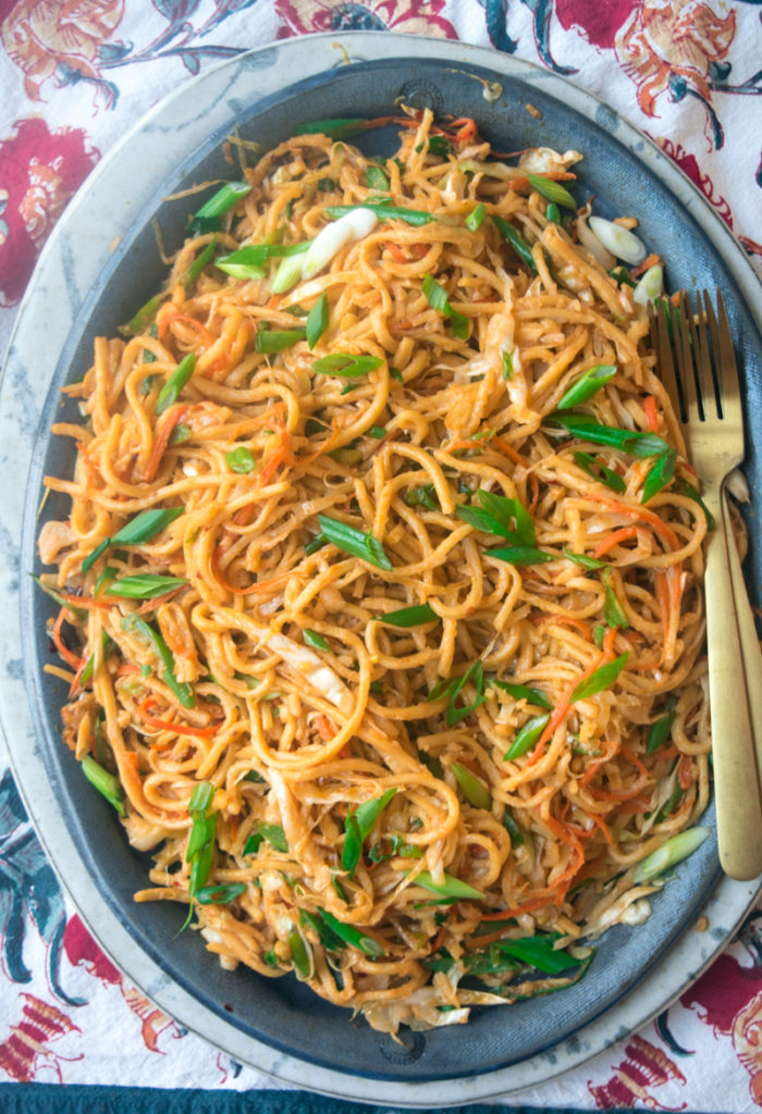 Indo-Chinese-Vegetable-Stir-fry-noodles-1-3